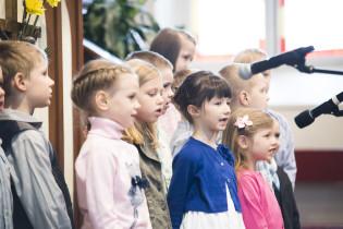 Пасхальное богослужение - Детский Хор